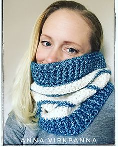 Ravelry: Stars and stripes cowl pattern by Anna Nilsson
