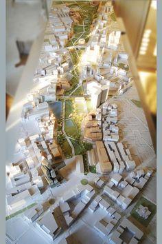 Confira a seleção de 15 fotos de maquetes urbanas que servirão de inspiração para a composição de futuros trabalhos. Dando sequência aos posts de maquetes aqui no blog, trago uma seleção especial de maquetes urbanas. A maioria dos estudantes de arquitetura que realmente estudaram arquitetura tiveram de fazer, em algum momento da faculdade, uma maquete…
