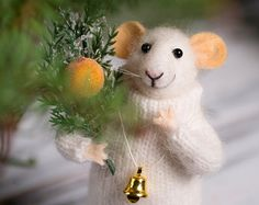 Woolen mouse Christmas mouse Mouse with a by MollyDollyNatural