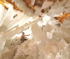 Giant crystal caves mexico, what a dream