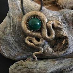 Grosse Schlange mit Malachit