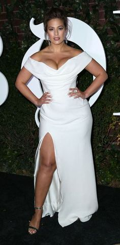 d32300e40d1 dress nyfw 2017 ny fashion week 2017 curvy ashley graham white white dress  bustier dress slit