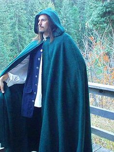 Dashing, Hardy, Functional, and Hand Crafted Renaissance Winter Cloaks, and Capes for Men at Misty Thicket Clothing! Medieval Cloak, Medieval Costume, Winter Cloak, Hooded Cloak, Winter Outfits Men, Renaissance Clothing, Perfect Fit, Fantasy Clothes, Clothes For Women
