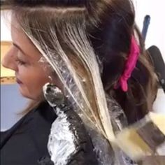OK, sit down, grab a notebook and get ready to have your mind blown. @prettylittleombre (Jamie Sea) was live with BTC on Facebook for an exclusive close-up look at her signature balayage technique on Level 5/6 hair with old, chunky highlights. More than 2,400 people tuned in live to watch heranswer theirtop balayage questions, and … Continued