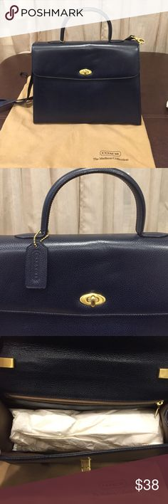 Coach navy blue handbag Like new navy blue coach handbag Coach Bags Shoulder Bags