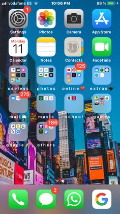 Organize phone apps, iphone layout, whats on my iphone, phone organization Tela Do Iphone, Iphone 8, Clean Iphone, Organize Apps On Iphone, Whats On My Iphone, Iphone App Layout, Iphone Home Screen Layout, Phone Hacks, Phone Organization