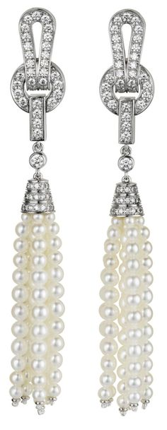 Cartier Agrafe earrings in 18ct white gold with freshwater pearls and pavéd with diamonds.