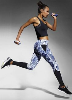 Farbige Fitnessstrumpfhose – 145 Lei – Hergestellt in Europa – Elasthan: … - Funmey Legging Sport, Sports Leggings, Sport Chic, Sport Girl, Sport Style, Jogging, Look Fashion, Fashion Design, Girl Fashion