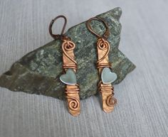 Heart Copper Earrings for Girlfriend - Hematite Stone Earrings - Copper Wire Wrap Earrings - Dangle Earrings - Tribal Earrings These beautiful earrings are created using Hematite heart stone beads that are wire wrapped with solid Copper wire. Tribal Earrings, Copper Earrings, Copper Jewelry, Stone Earrings, Wire Jewelry, Beaded Earrings, Handmade Jewelry, Copper Wire, Leather Earrings