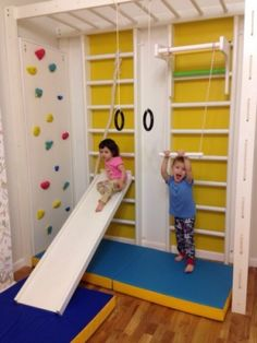 Awesome 42 Fantastic Kids Indoor Play And Gyms Design Ideas To Try Right Now Kids Indoor Play, Indoor Play Areas, Indoor Gym, Gymnastics Room, Small Home Gyms, Kids Basement, Kids Gym, Play Gym, Indoor Playground