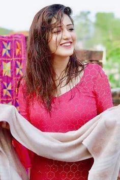 Cool Tools For Home Remedies Cute Beauty, Beauty Full Girl, Beauty Women, Beautiful Girl Indian, Beautiful Indian Actress, Beautiful Saree, Iranian Women Fashion, Indian Fashion, Most Beautiful Faces