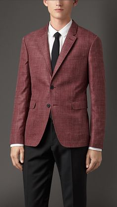 Burberry London Claret Slim Fit Wool Blend Jacket - A slim fit jacket crafted in a virgin wool, silk and linen blend with a subtle flecked finish. The unlined jacket has a half-canvas construction with several layers of natural horsehair. Expertly cut and shaped, the canvas creates a structured chest, soft lapel roll and a tailored collar. Discover men's tailoring at Burberry.com