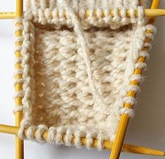 Beginner's Guide to knitting socks with community board, knitting stitches and tutorials for all. Knitting Help, Knitting Stitches, Knitting Socks, Knit Socks, Knitting Projects, Crochet Projects, Knitting Tutorials, Couture Cuir, Knitting Patterns
