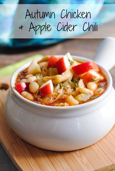 Autumn Chicken  Apple Cider Chili - a simple chili with a surprising depth of flavor from fall herbs and apple cider.   foxeslovelemons.com Slow Cooker Soup, Slow Cooker Chicken, Slow Cooker Recipes, Crockpot Recipes, Cooking Recipes, Healthy Recipes, Healthy Foods, Healthy Eats, Chili Recipes