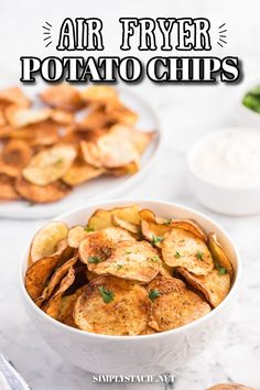 Air Fryer Potato Chips - These crispy homemade potato chips are super easy to make in the air fryer. Perfect for when you're craving a salty, crunchy snack with loads of flavor! Casserole Recipes, Soup Recipes, Cooking Recipes, Air Fryer Potato Chips, Homemade Chips, Chips Recipe, Yummy Appetizers, Air Fryer Recipes, Easy Dinner Recipes