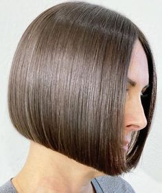 Bob Hairstyles, Straight Hairstyles, Straight Long Bob, Classic Bob, Long Bobs, Hair Models, Shiny Hair, Hair Type, Curly Hair Styles