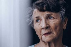 Hallucinations, illusions, and delusions are symptoms of dementia (mainly LBD). Learn how to cope with Hallucinations without losing your nerve. Stages Of Dementia, Lewy Body Dementia, Dementia Symptoms, Internal Carotid Artery, Scary People, Feeling Helpless, Ear Protection, Feeling Frustrated, Learn To Meditate