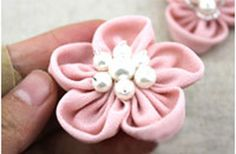 New Designed Fabric Flower Hair Accessories  •  Free tutorial with pictures on how to make a flower hair clip in under 30 minutes