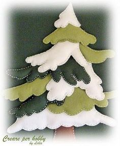 Christmas Patchwork, Fabric Christmas Ornaments, Fabric Christmas Trees, Felt Ornaments, Christmas Art, Christmas Projects, Handmade Christmas, Christmas Decorations, Christmas Holidays