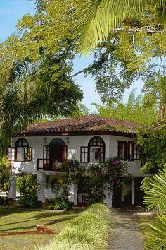 Spanish style homes - Fachada casa Hacienda Hotel San Jose Spanish Style Homes, Spanish House, Spanish Colonial, Spanish Bungalow, Spanish Revival Home, British Colonial, Architecture Classique, Hacienda Homes, Spanish Architecture