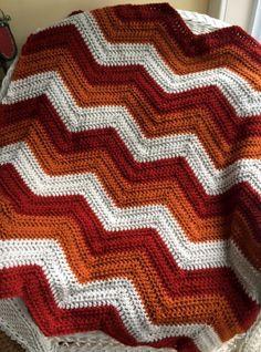 CROCHET handmade baby blanket afghan chevron ripple VANNA yarn rust beige FALL #handmade