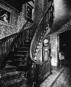 in Montreal - Wikimedia Commons Victorian Rooms, Wikimedia Commons, Stairs, Places, Home, Decor, Victorian, City, Stairway