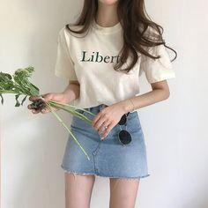 casual korean fashion that looks really trendy Korean Fashion Summer, Korean Fashion Trends, Korean Street Fashion, Korea Fashion, Asian Fashion, Trendy Fashion, Korean Summer, Style Fashion, Trendy Clothing
