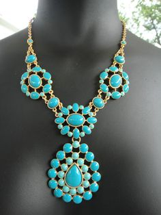 Stella and Dot. got it and the matching earrings. love it and I always get compliments Turquoise Purse, Turquoise Jewelry, Emerald Necklace, Stella Dot, Statement Necklaces, Wild West, Bling Bling, Navajo, Compliments