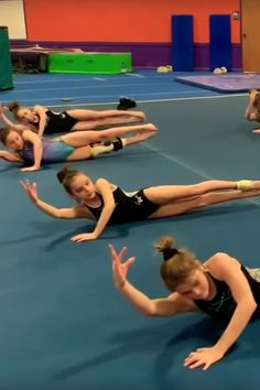 """Simply Watching This Ab Routine Set to Ariana Grande's Rings"""" Will Set Your Core Ablaze Ab Routine, Abs Workout Routines, Workout Regimen, Workout Videos, Daily Workouts, Ab Workouts, Gymnastics Coaching, Toned Abs, Aerobics"""