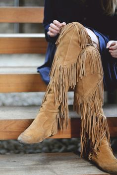 thefashiontag.com wp-content uploads 2014 11 winter-trend-fringe-boots-10.jpg