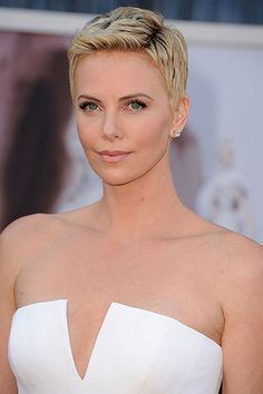 #shorthair Charlize Theron