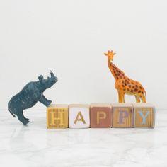 Bloques de madera HAPPY | Antic&Chic                                                                                                                                                      Más