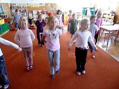 TANIEC WĘGIERSKI Brahmsa, tańczą przedszkolaki - YouTube Music Lessons, Watch V, Videos, Musicals, Preschool, Youtube, Ideas Para, Yoga, Play
