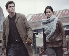 The Hunger Games Catching FireJennifer Lawrence scarf  by Maria Dora