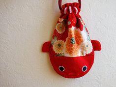 Japanese Goldfish | Japanese goldfish pouch with Kimono - KINGYO - Kimono flower draws ...