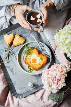 Love Is Sweet, Ramen, Ethnic Recipes, Food, Brioche, Meals, Yemek, Windows, Eten