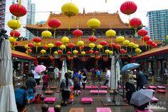 Самый популярный храм Гонконга