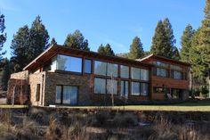 Casa Chapelco Golf - Patagonia Argentina: Casas de estilo Moderno por Gingins - Aguirre