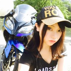 いいね!461件、コメント3件 ― Asian Girl Rider 亞洲女騎さん(@asiangirlrider)のInstagramアカウント: 「Whose eyes are bigger? - @tazumi0225 - #AsianGirlRider #亞洲女騎 #GirlsWhoRide #GirlsThatRide…」