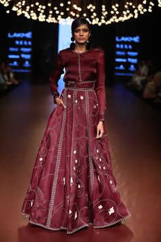 Organza screen printed skirt in laser cut patra lifting, paired with organza classic shirt with screen printed details. Fashion Week 2018, Lakme Fashion Week, India Fashion, Cape Lehenga, Lehnga Dress, Anarkali, Indian Gowns, Indian Outfits, Indian Clothes