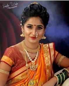 Photoshoot Cont for work - 7769992569 / 878 833 6862 Model : . Wedding Reception Hairstyles, Bridal Hairstyle Indian Wedding, Bridal Hair Buns, Wedding Bun Hairstyles, Indian Bridal Makeup, Marathi Bride, Marathi Nath, Marathi Saree, Bridal Poses