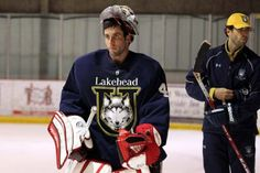 Carter Hutton readies himself for AHL training camp with the Lakehead Thunderwolves. Hutton last week was assigned to Rockford by the Chicago Blackhawks.