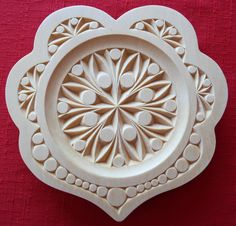 "8"" scalloped heart plate, contemporary design by Marty Leenhouts, www.MyChipCarving.com"