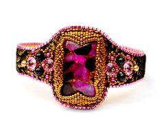 Bracelet Femme Brodé Rose Noir Bronze Cuir : Bracelet par source-aux-bijoux