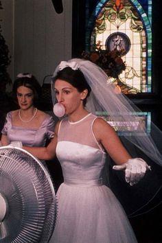 Julia Roberts as Maggie Carpenter - RUNAWAY BRIDE, 1999