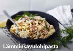 Lämminsavulohipasta. Resepti: Valio #kauppahalli24 #ruoka #resepti #lohipasta My Cookbook, Fish And Seafood, Potato Salad, Macaroni And Cheese, Spaghetti, Pasta, Food And Drink, Dinner, Cooking