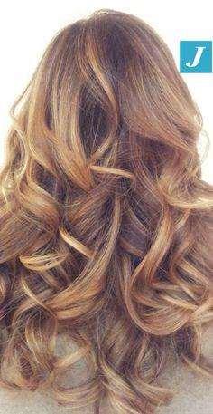 Degradé Joelle: un'esplosione di femminilità! #cdj #degradejoelle #tagliopuntearia #degradé #igers #musthave #hair #hairstyle #haircolour #longhair #oodt #hairfashion #madeinitaly
