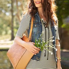 Carry-all crusader. Tackle all your weekend to-dos with a spring-approved tote.