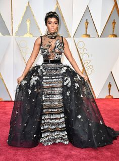 Janelle Monae Oscar 2017 Red Carpet Arrival: Oscars Red Carpet Arrivals 2017 - Oscars 2017 Photos | 89th Academy Awards