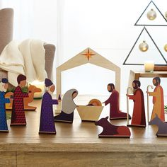 Perfect way to help kids learn about the birth of Jesus and the December Blessed Night in Bethlehem. Characters include Jesus, Joseph, Mary, Three Wise Men...